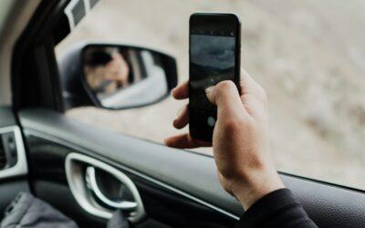 La causa maggiore di incidenti in Italia è la distrazione alla guida